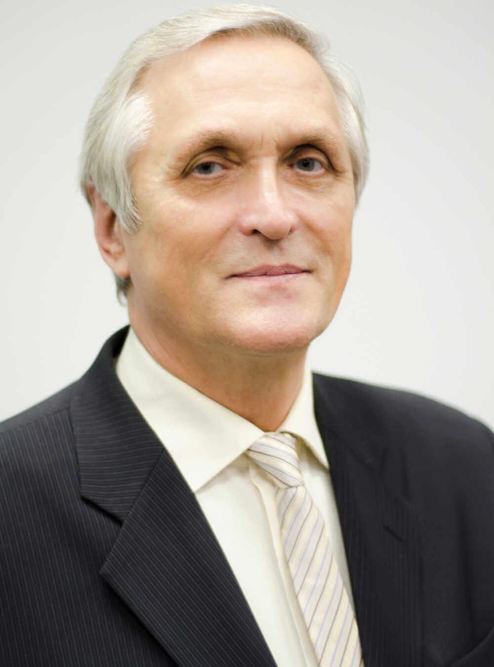 Петрищев Вячеслав Николаевич, ректор МНЭПУ, кандидат политических наук